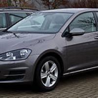 Volkswagen vw golf 1 2 tsi bluemotion technology comfortline vii frontansicht 4 januar 2014 dusseldorf